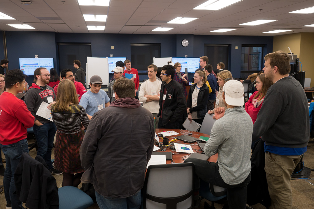 As the class nears its conclusion, students are highly active in their negotiations. Photo by Nathan Jandl.
