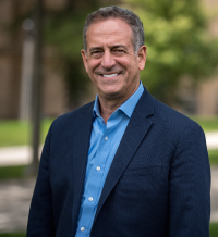 Russ Feingold. Image courtesy of the Nelson Institute.